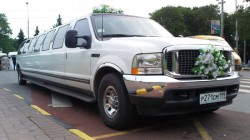 Лимузин Ford Excursion Texas